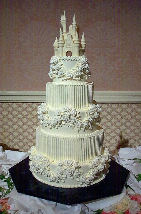 castle wedding cakes images pretty and semi simple cake dreamy wedding gowns 12442