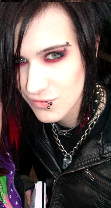 Mmmm I miss these guys do much xD mostly Yu.. Because well look at him <3
