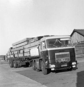 Bussing AV-04-03 Hitman Winsum