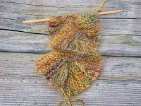 Easy Crochet Pattern: Potato Chip Scarf (Knit)
