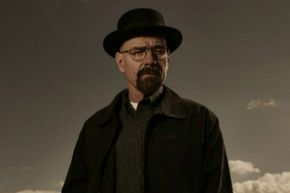 """""""George R. R. Martin declares 'Breaking Bad's' Walter White 'bigger monster than anyone in Westeros' """""""