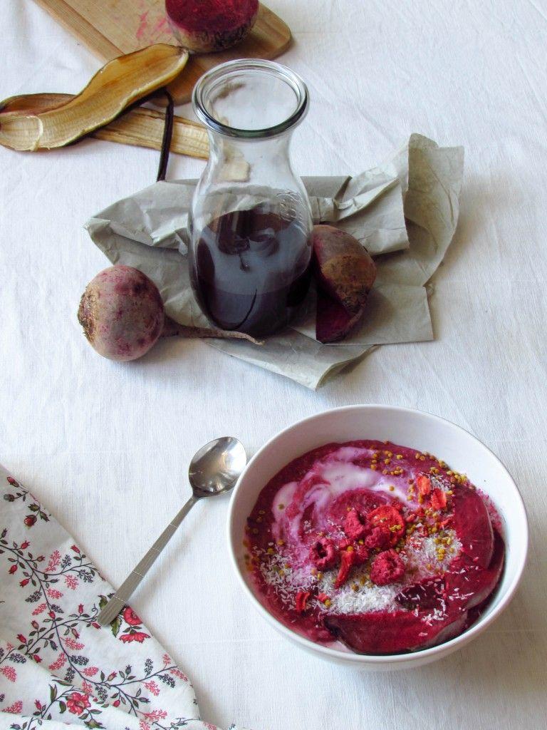 Pink Porridge mit Roter Beete und Vanille + Baut Rote Beete Blut auf?