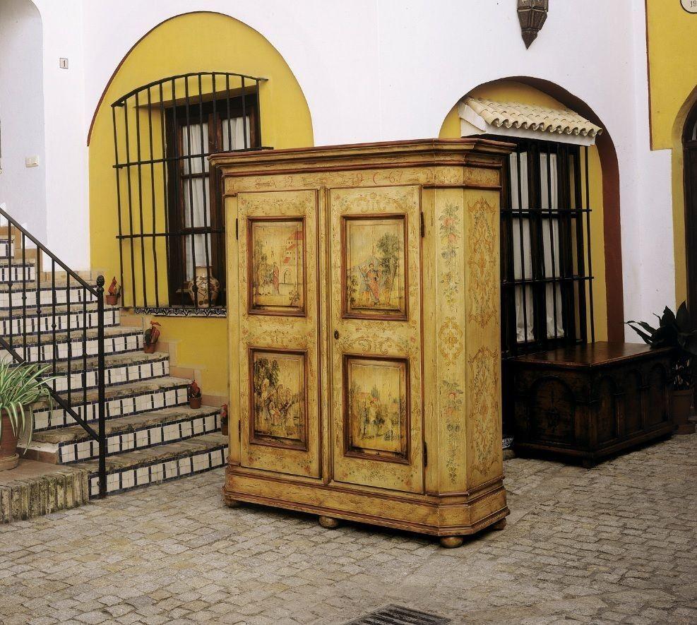 Muebles para casas rurales trendy comedor con mesa - Restaurar muebles chapados ...