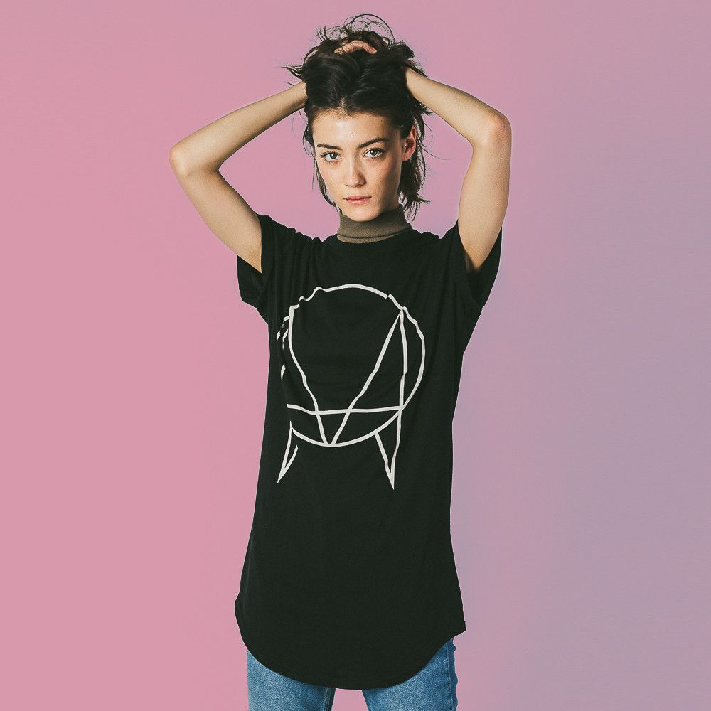 'OWSLA Logo' Exclusive Long Tail T-Shirt [Black] // Unisex - Size Large