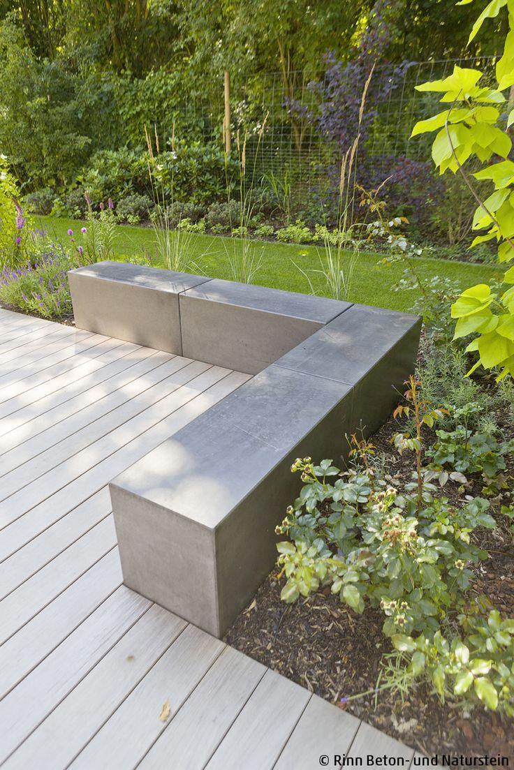 Moderner Sitzblock in Sichtbeton-Optik #betonblockgarten