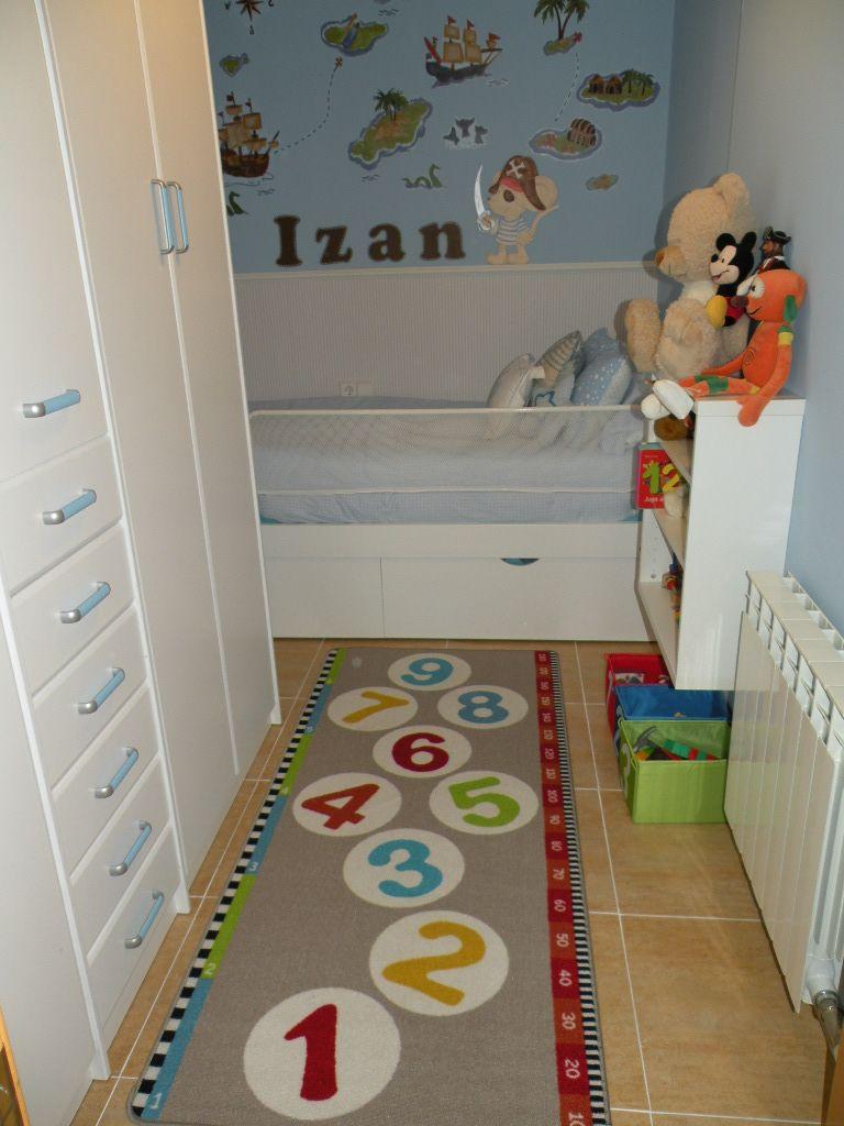 Esta es la habitacion de mi hijo, hace poco la decoramos con el tema ...