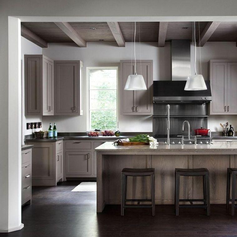 La cuisine couleur taupe est toujours à la mode Venez la découvrir ! - peinture sur meuble bois