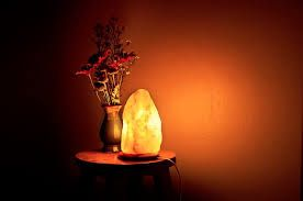 How Does A Himalayan Salt Lamp Work Impressive Do Himalayan Salt Lamps Work To Improve Your Indoor Air Quality Decorating Inspiration