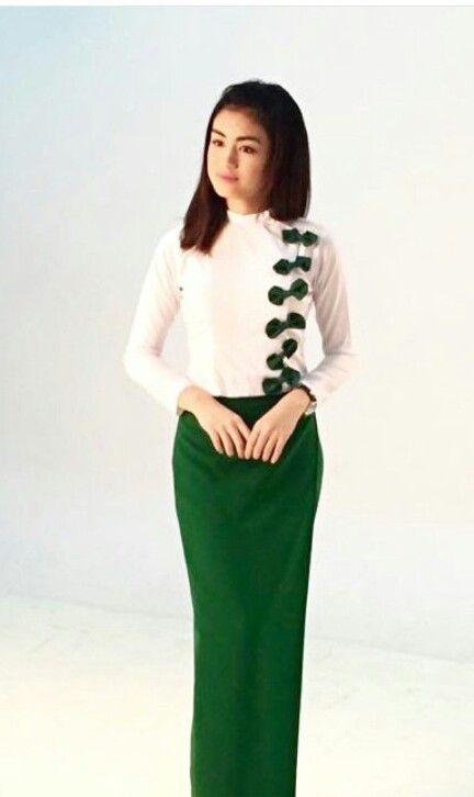 Naw Phaw Ehhtar Ao Dai Myanmar Traditional Dress Traditional-9649