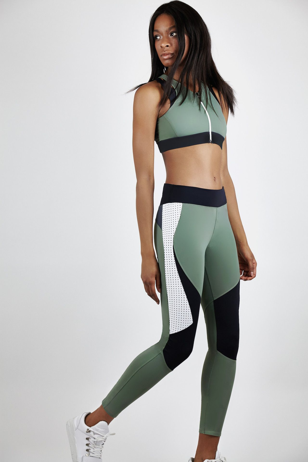 Tap For Incredible Fitness Leggings Yoga And Gym Items At The Incredible Shire Fire Super Sales At 40 Off Or Sport Outfits Sports Leggings Fitness Fashion