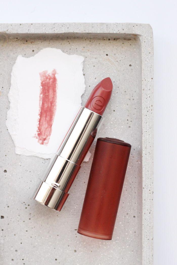 Essence matt matt matt lipstick