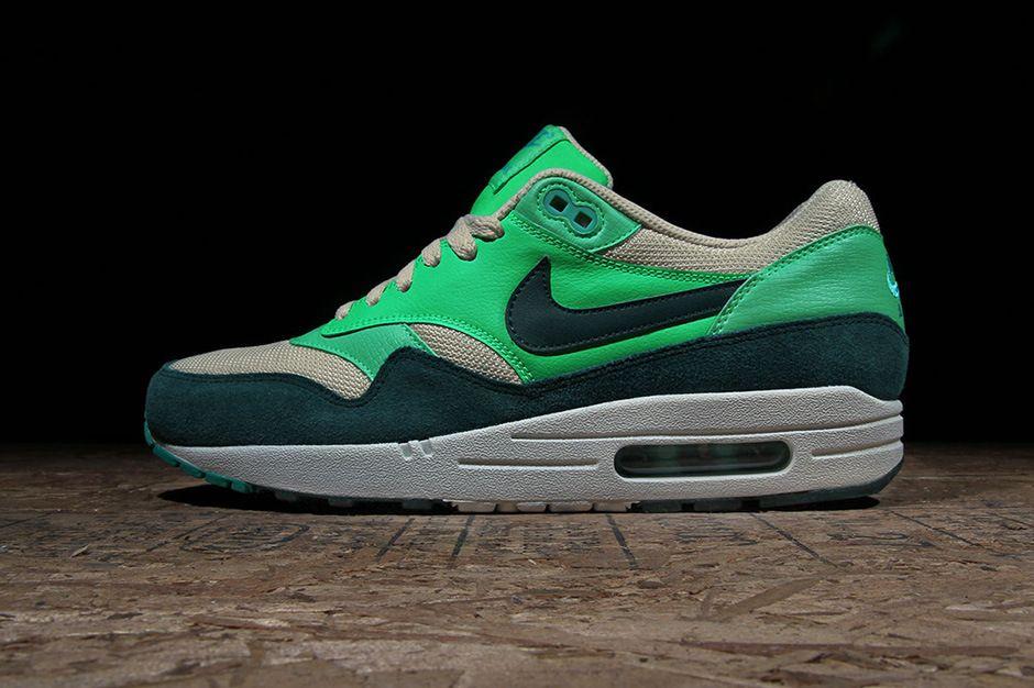 nike air max 1 atomic green