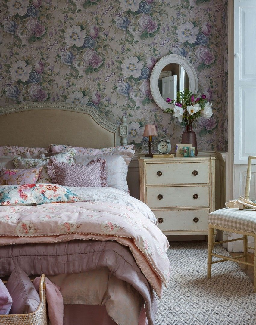 pink country bedroom with floral wallpaperbring old time elegance