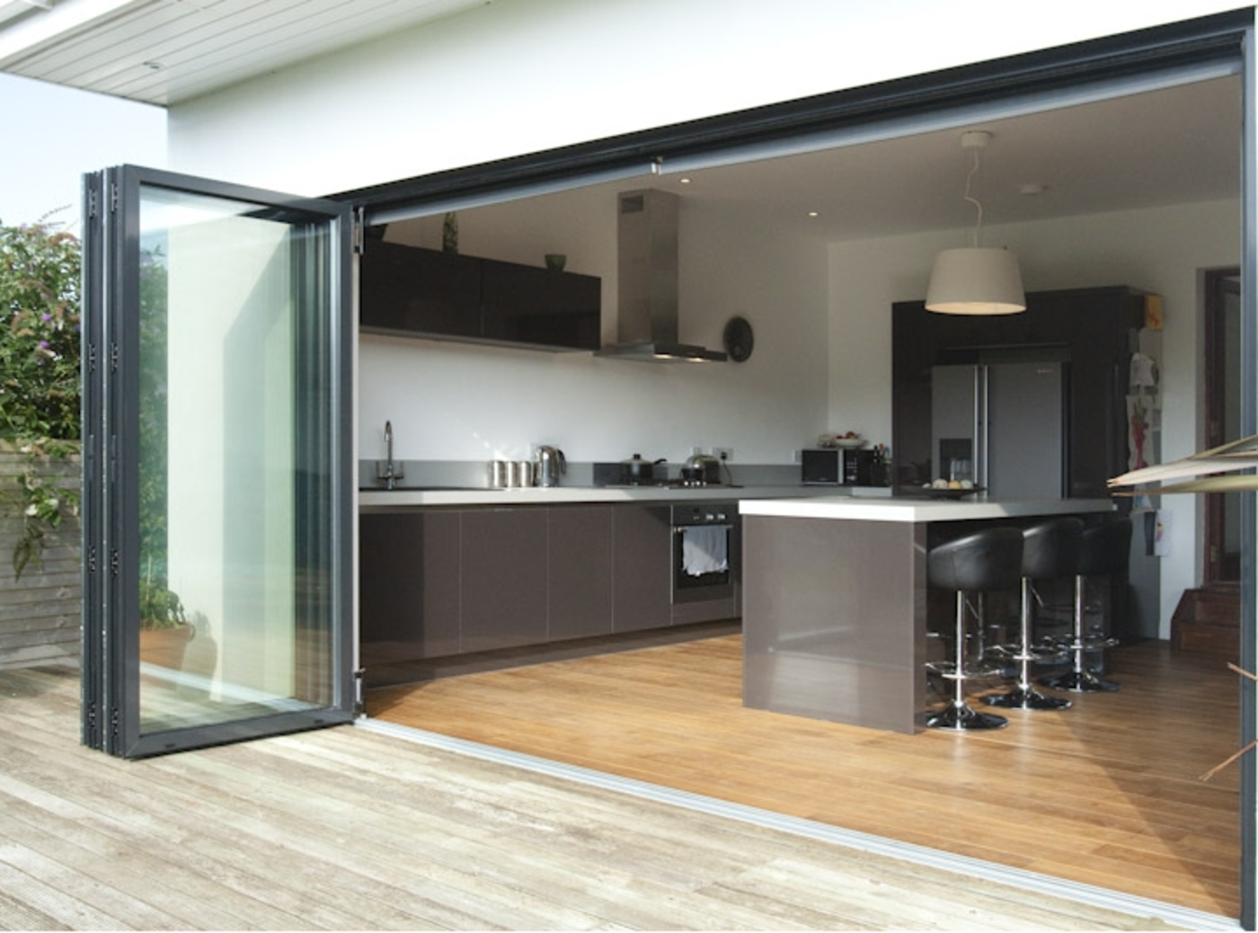 70mm Thermally Broken Aluminium Folding Sliding Doors