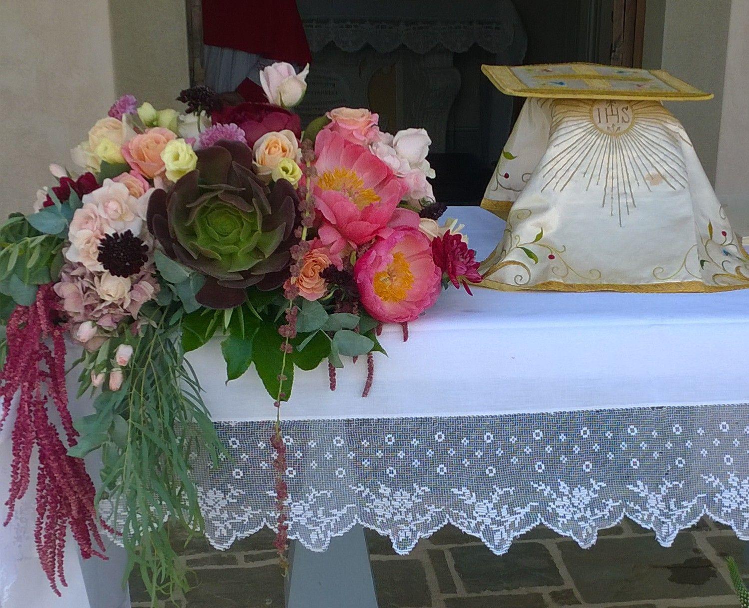 spesso Fiori per matrimonio. Composizione per altare con peonie e  UE37