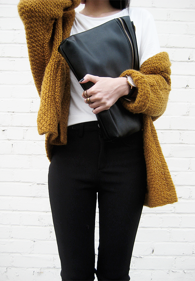 2689fe462 chunky knit sweater . black pants . white tee - perfect fall outfit ...