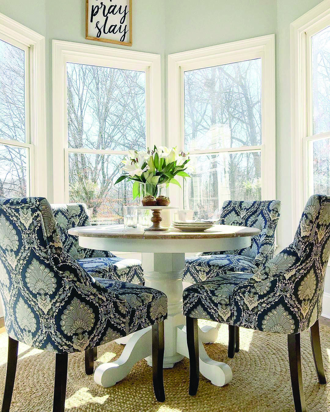 Small Dining Room Ideas To Take Advantage Of Your Space Dova Home Dining Room Small Small Dining Room Table Breakfast Nook Table