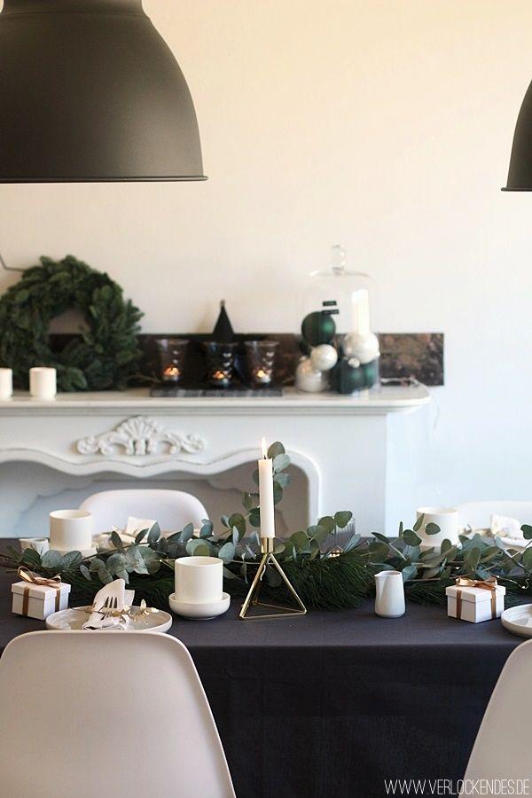 festlich gedeckter tisch weihnachten schwarz wei rezepte mit m venpick maple walnuts. Black Bedroom Furniture Sets. Home Design Ideas
