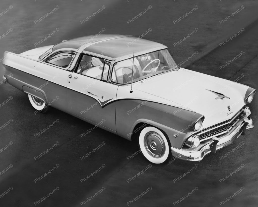 ford 1955 crown victoria automobile 8 x10 old photo sum koo ole  ford 1955 crown victoria automobile 8 x10 cars photo the first crown victoria appeared in 1955 it was a 2 door 6 seater coupe part of the ford fairlane