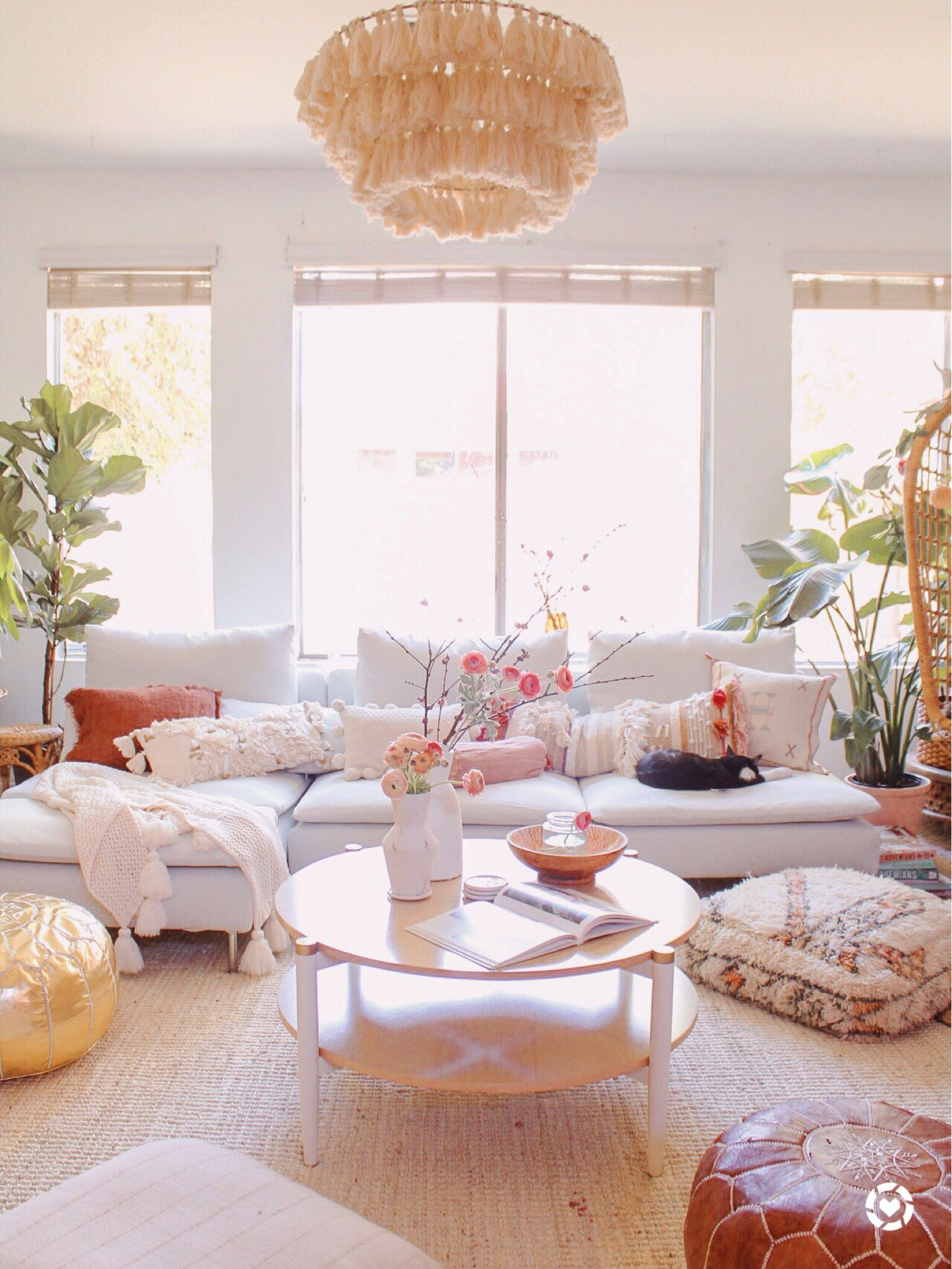 boho living room (avec images)  Decoration, Déco maison, Mobilier