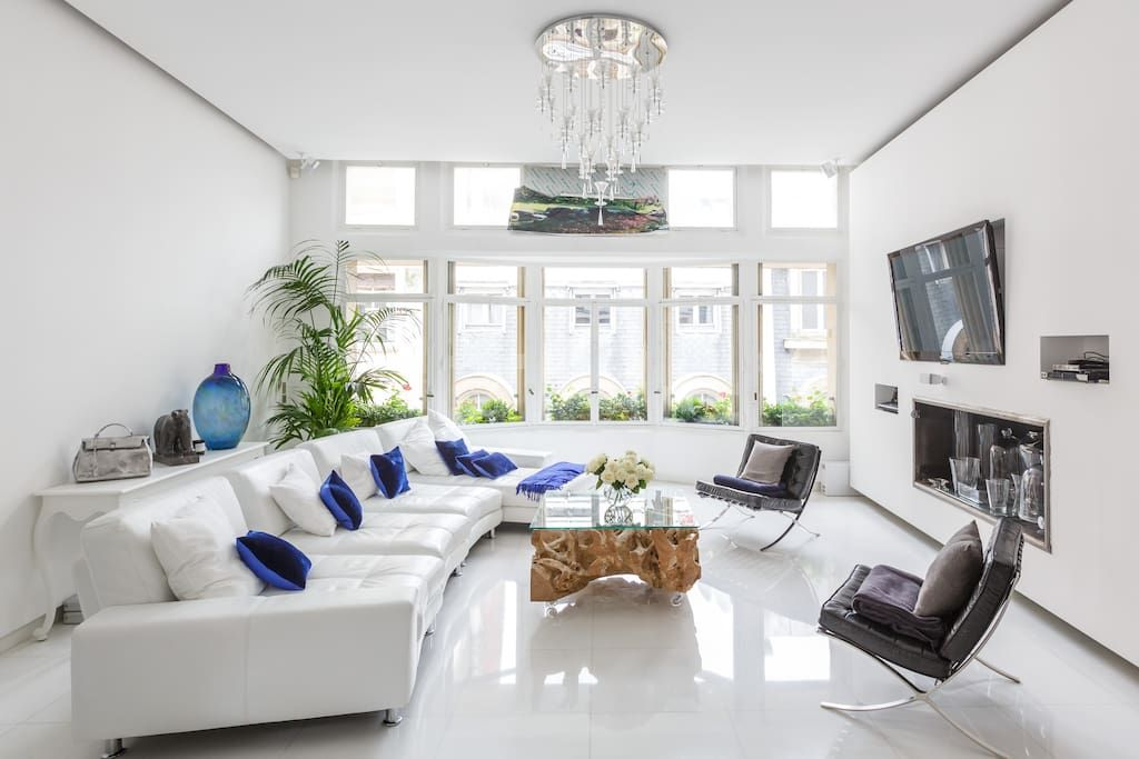 Apartment in Paris, France. Appartement luxueux, moderne 160 m² (3 ...