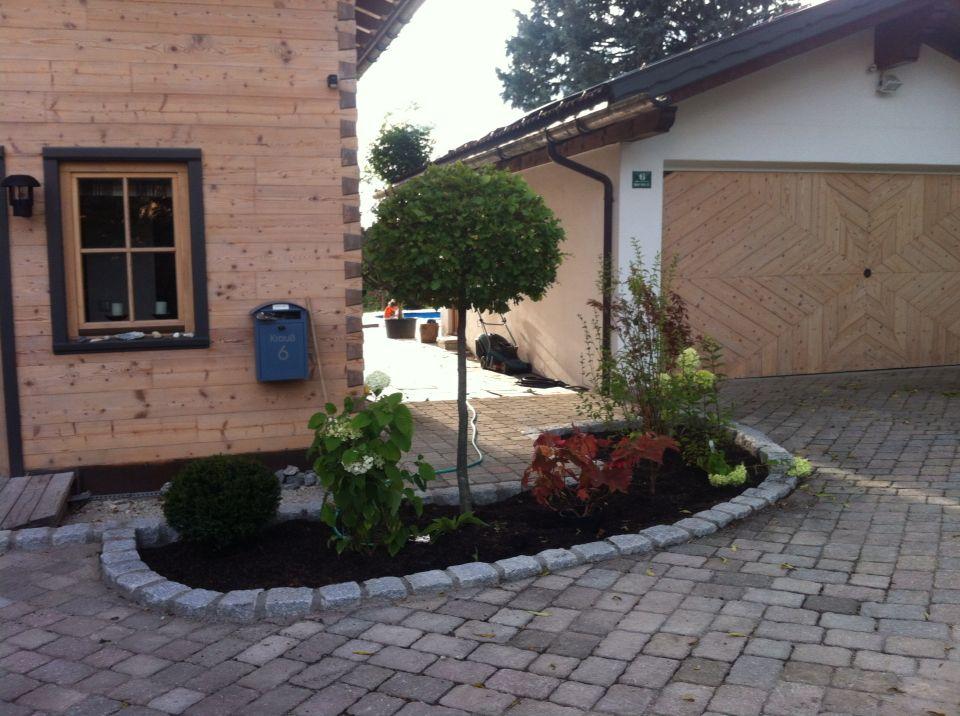 vorgarten garden einfahrt pflaster garten pinterest einfahrt pflaster und vorg rten. Black Bedroom Furniture Sets. Home Design Ideas