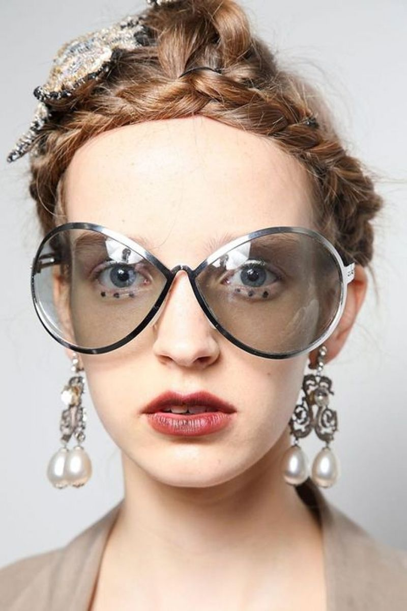 ce9ce7816c32 15 Best Sunglasses; Hot Trends Spring Summer Season #sunglasses  #vintagesunglasses #raybansunglasses #woodensunglasses #fashionsunglasses  #mirrorsunglasses