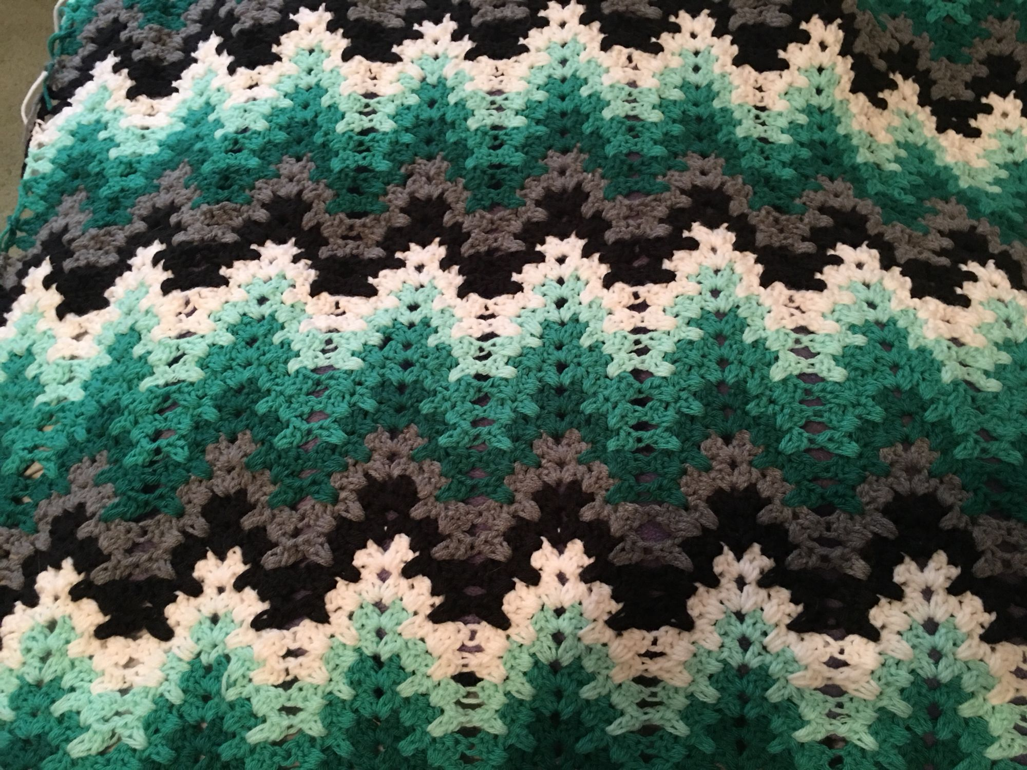 My version of the Breaking Amish crochet afghan | crochet patterns ...