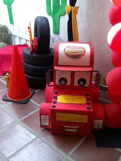 Caja de regalos de cars globos cotillones pi atas - Regalos para pinatas ...