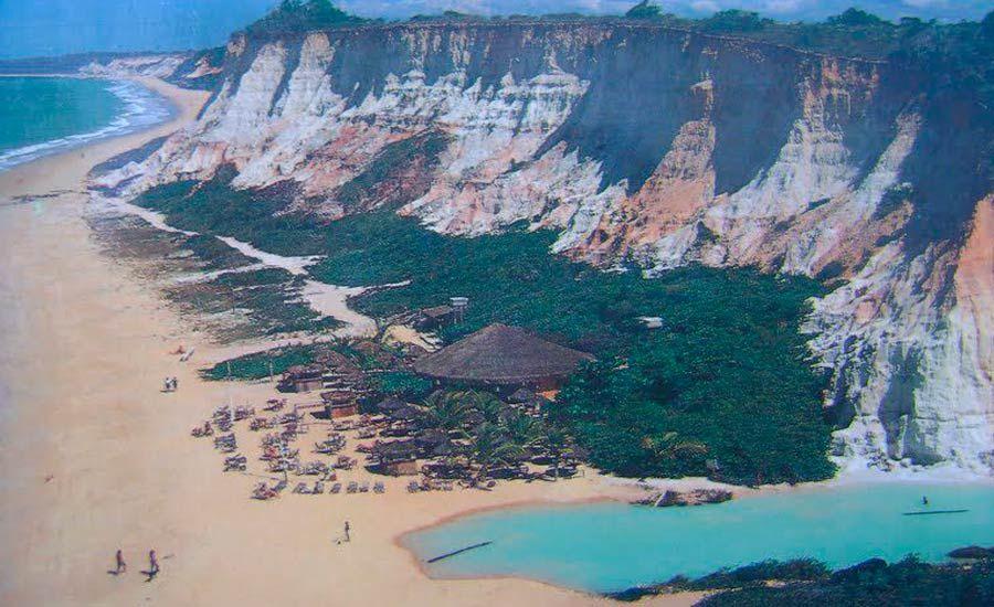 Praia Lagoa Azul, em Arraial D'Ajuda, Porto Seguro (BA)