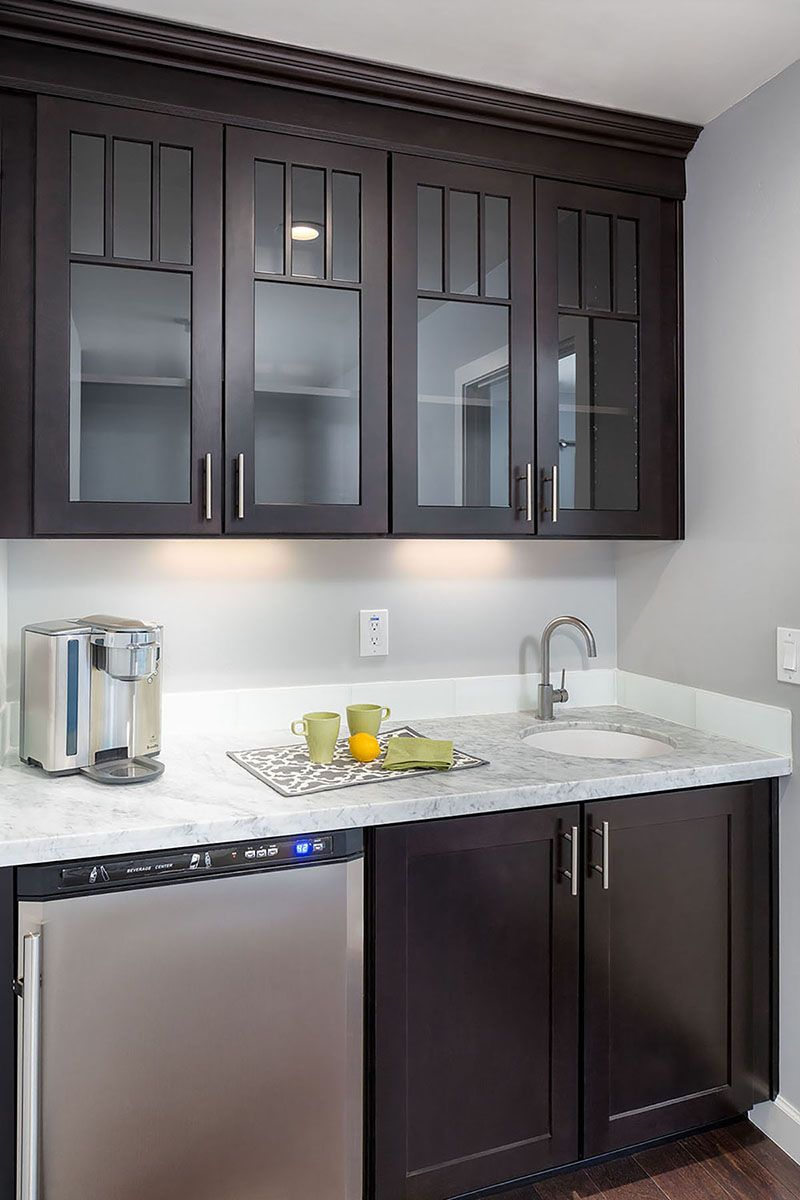 Remodeling project features mini bar with shakerstyle
