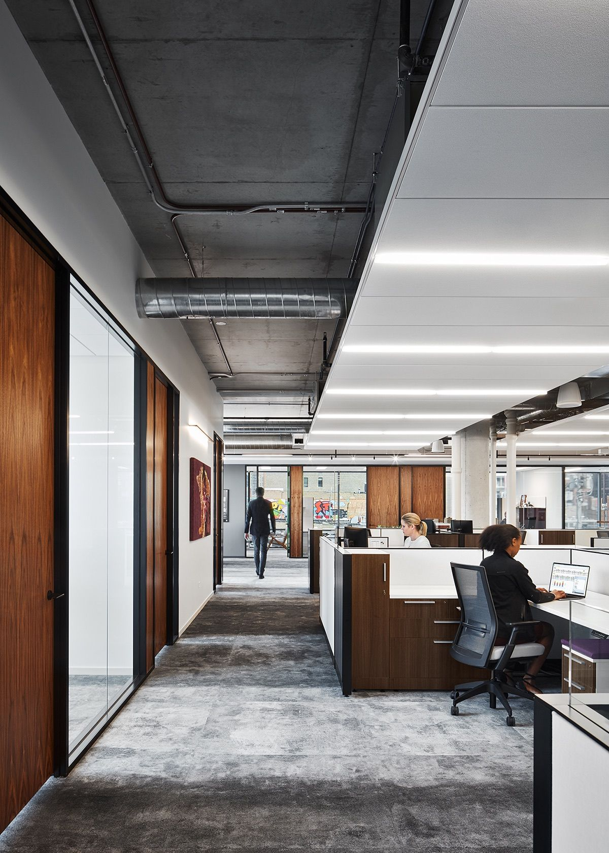 A Look Inside Mccaffery Interests New Chicago Office With Images