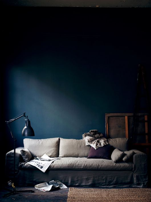 trending moody colors dark dark living rooms blue rooms rh pinterest com