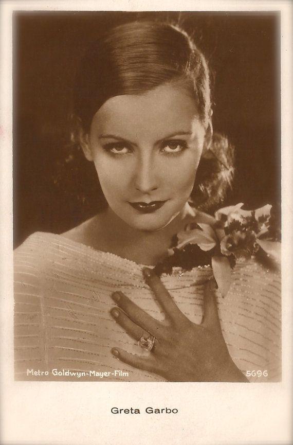 Greta Garbo, Famous Hollywood Swedish Actress Magnetic Presence Beauty Portrait Glamour Elegance Original Rare 1930s Art Deco Photo Postcard