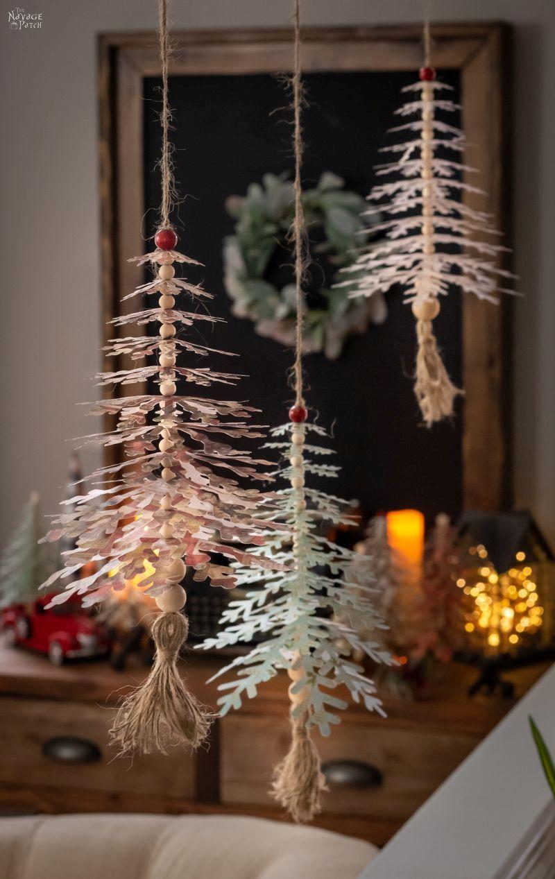 Diy Paper Snowflake Trees Christmas Tree Paper Craft Paper Snowflakes Diy Paper Christmas Tree