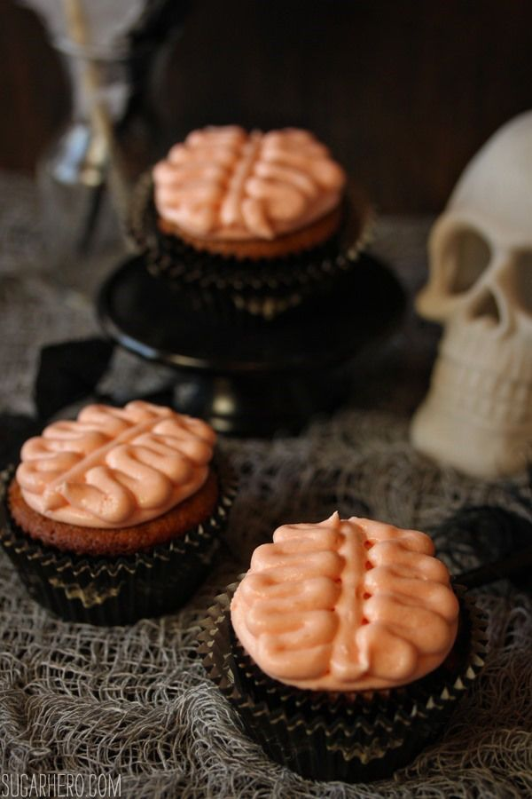 Brain Cupcakes No special recipe or mold required -- it\u0027s all just - halloween dessert ideas