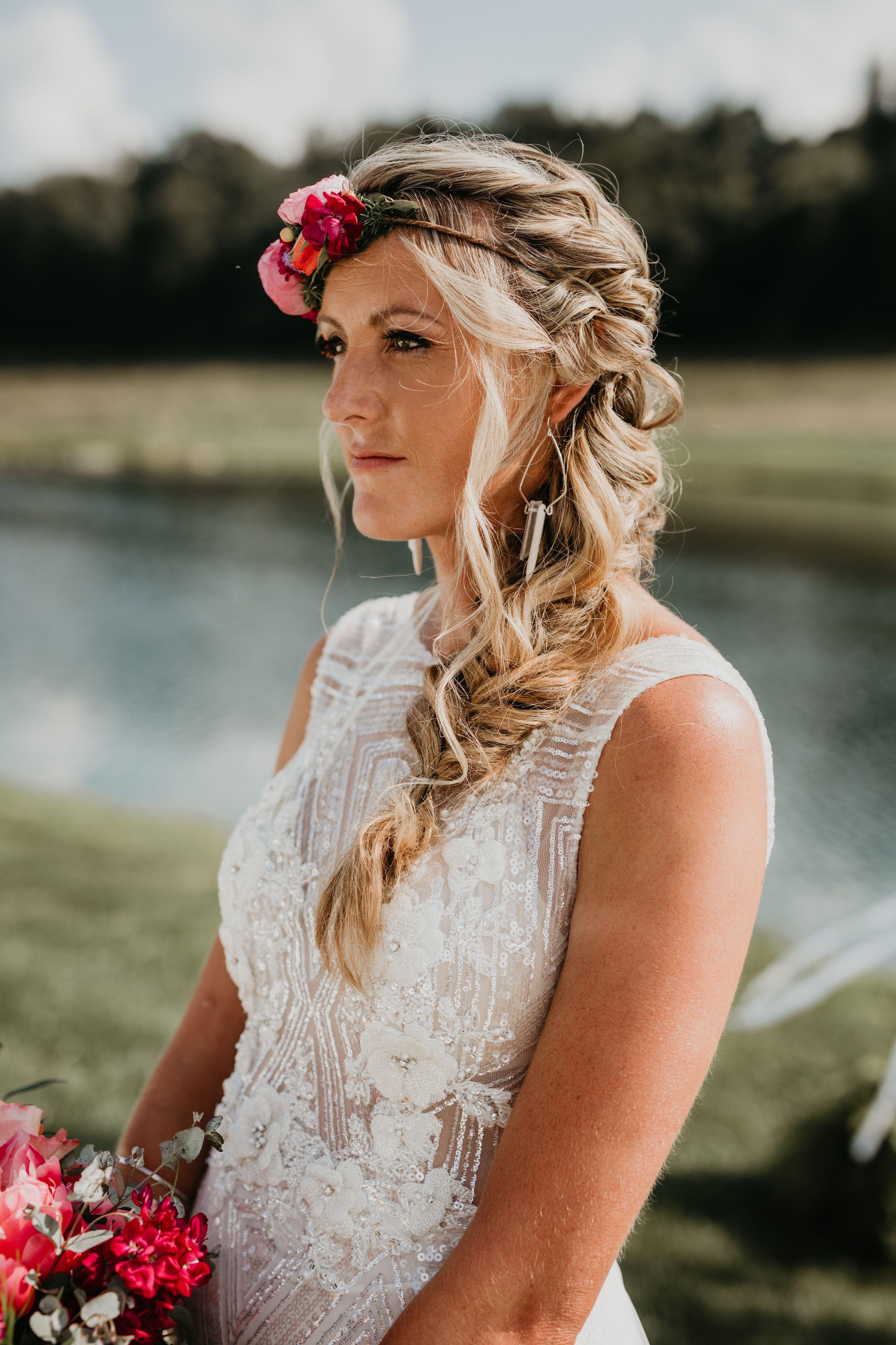 Www Rachelrowland Com Bride With A Geoprint Bohemian Glam Theme