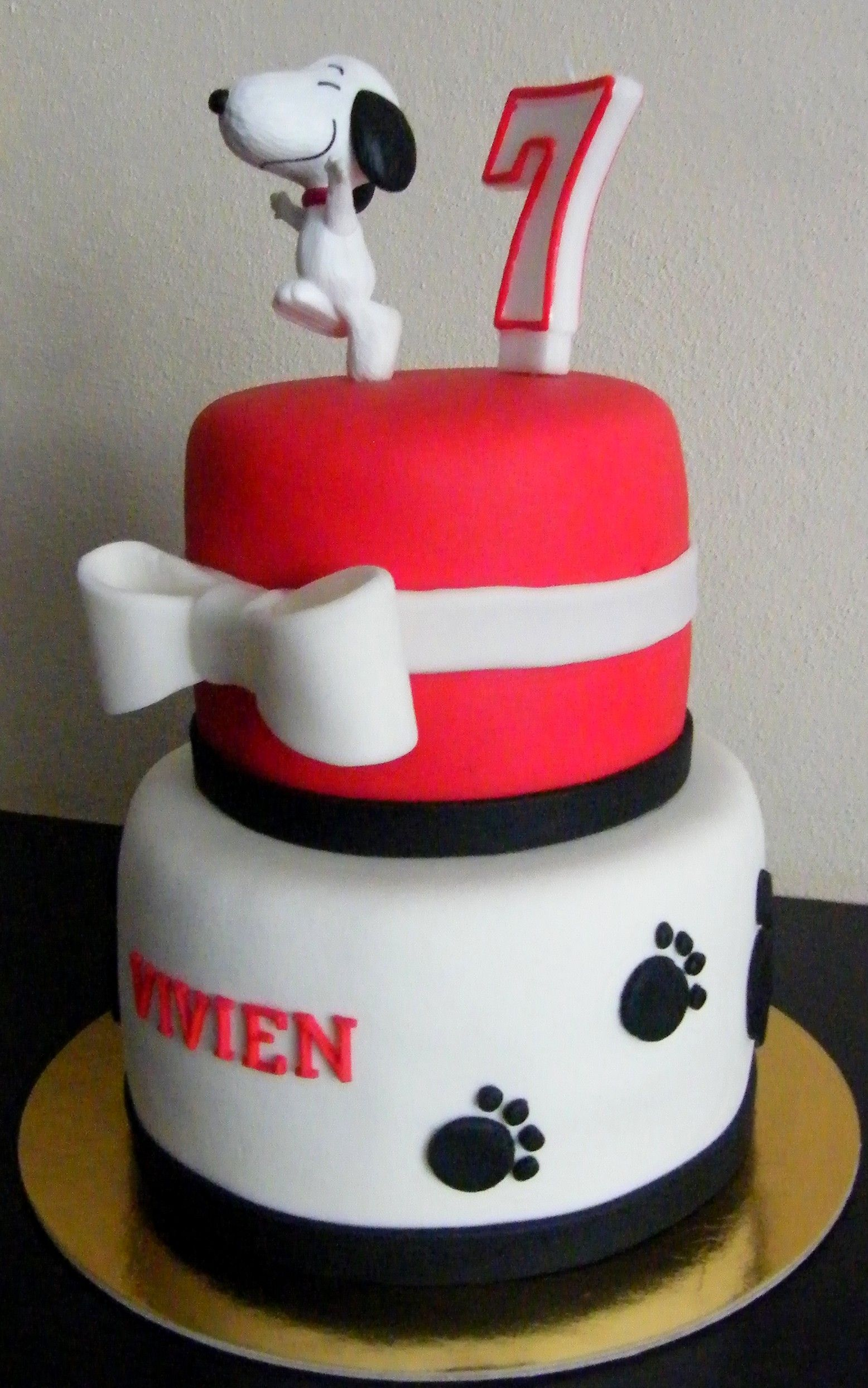 Snoopy Cakes 7 Years