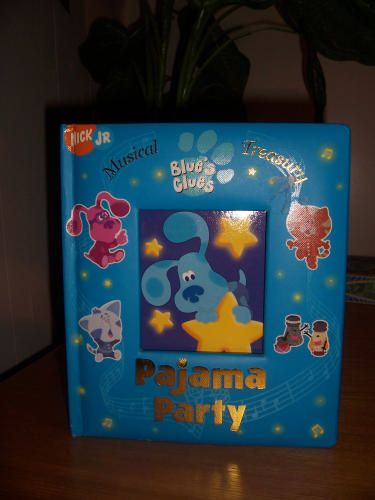OWNS: Musical Treasury Blue's Clues Pajama Party (Board Book):Brian Bromberg GIVEN BY: Grandma and grandpa Sales (garage sale, summer of 2012)