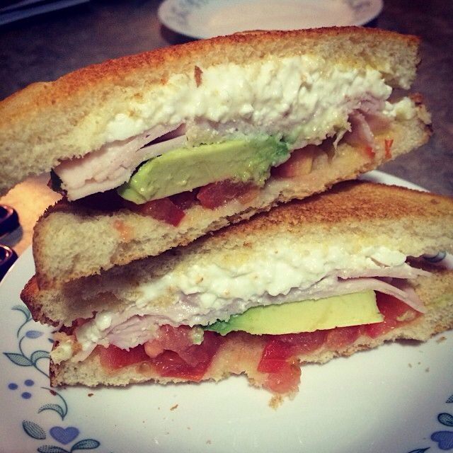 tomato + cottage cheese + turkey + avocado sandwich. simple healthy meal.
