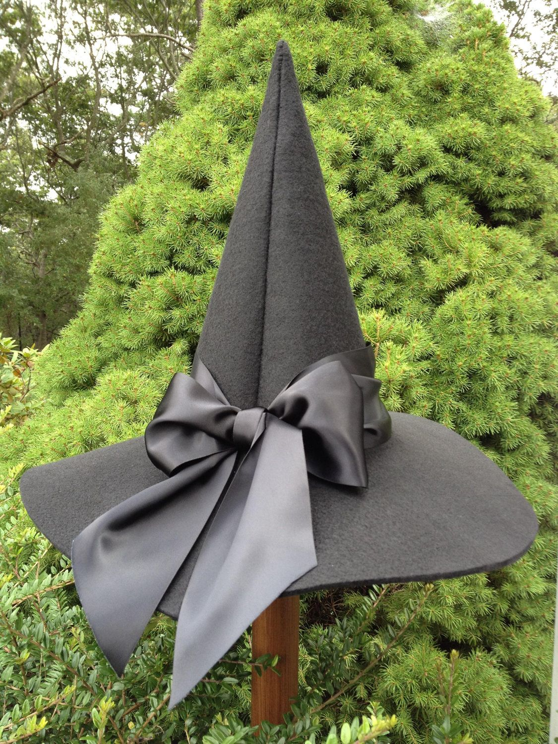Black Witch Hat | Stylish hats, Witch costumes and Witches