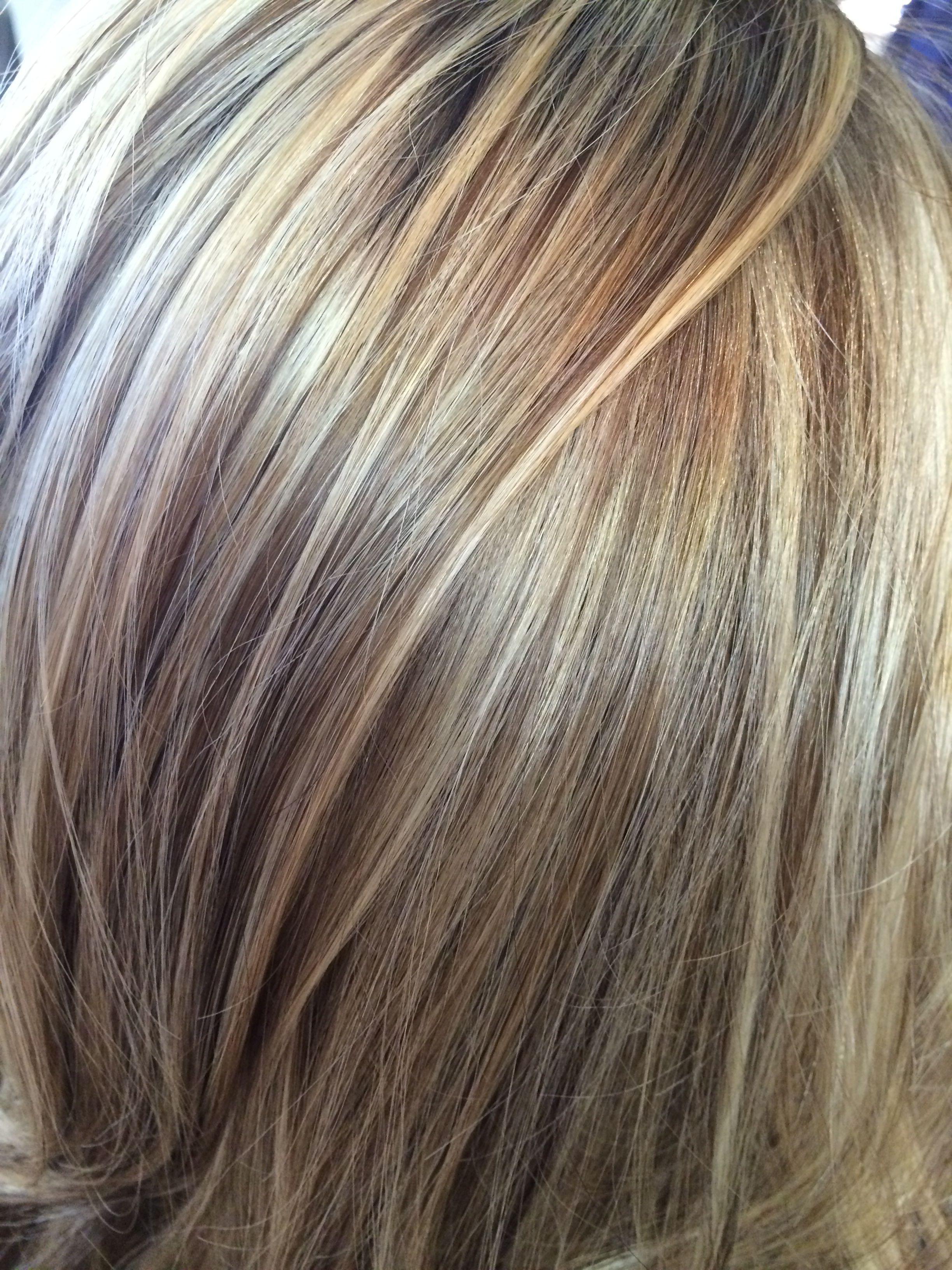 Close Up Multi Tonal Blonde Stylist Shannonchavez Hair