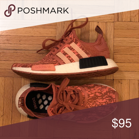 19d9c0eaddbaf Women s US size 6 Adidas Nmd R1 in raw pink Super cute shoes. Only worn