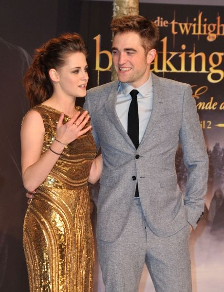 Kristen Stewart Robert Pattinson Started Hookup