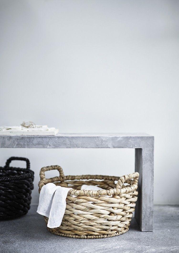 nouveaut ikea panier en osier tress pour une d co. Black Bedroom Furniture Sets. Home Design Ideas