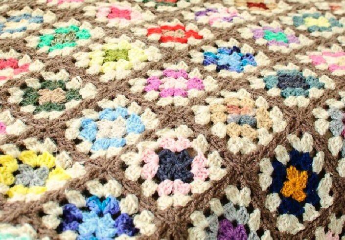 The Amazing Technicolor Crochet Afghan   Crochet patrones, Cobija y Sofá