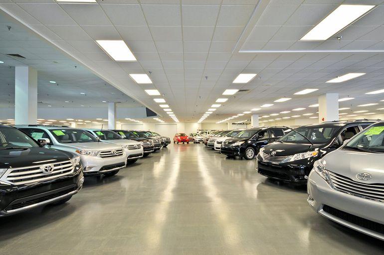 Kings Toyota Cincinnati Ohio (OH) nice Toyota dealer and