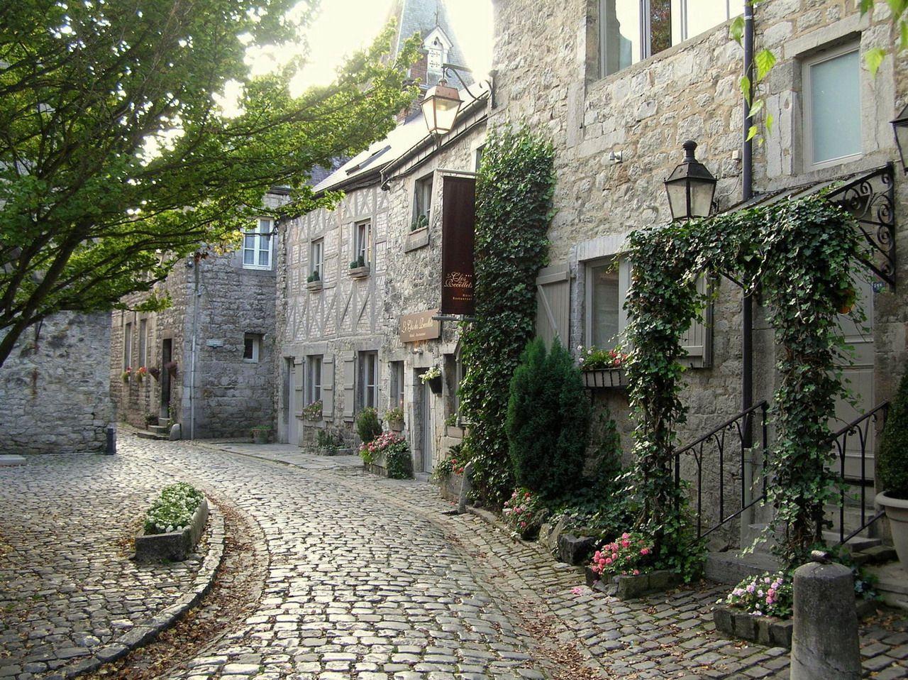 Durbuy la plus petite ville du monde photo ftlb - Office du tourisme bruges belgique adresse ...