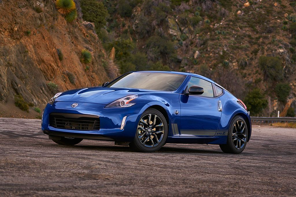 Though Its Design Is Growing Old The 2019 Nissan 370z Remains A Potent Performer As Nimble As It Is Good Looking Nissan Nissan 370z New Cars