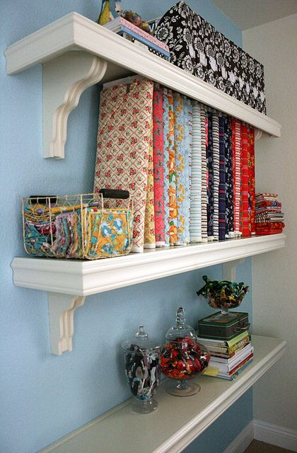 These are the kind of shelves I want for my sewing corner.